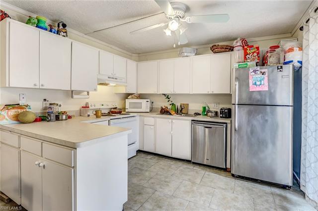 5574 Malt Dr 3, Fort Myers, FL 33907