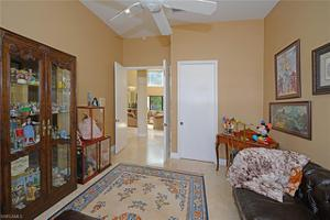 6694 Newport Lake Cir, Boca Raton, FL 33496