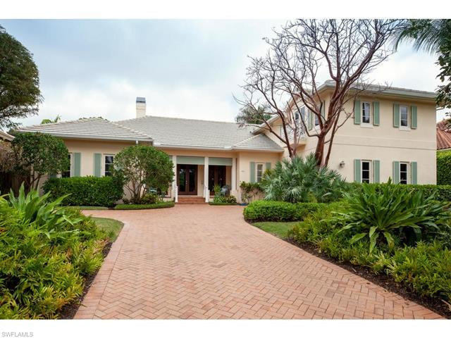 485 Wedge Dr, Naples, FL 34103