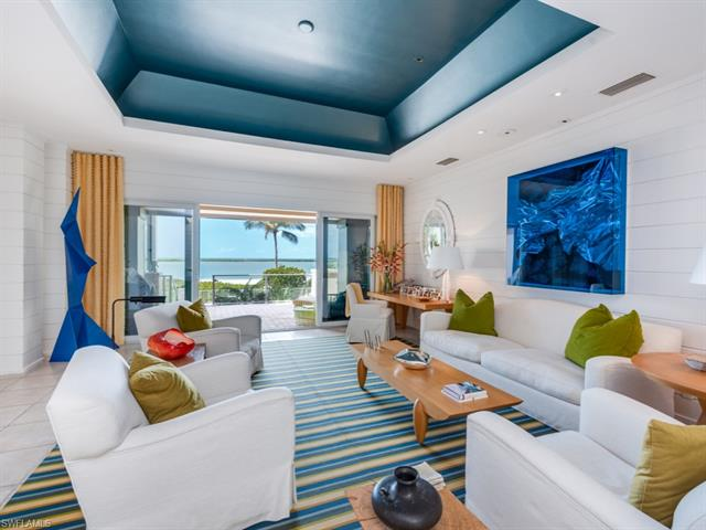 310 Seabreeze Dr, Marco Island, FL 34145