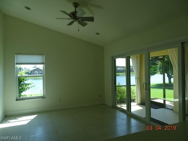 5260 Malvern Ct, Naples, FL 34112