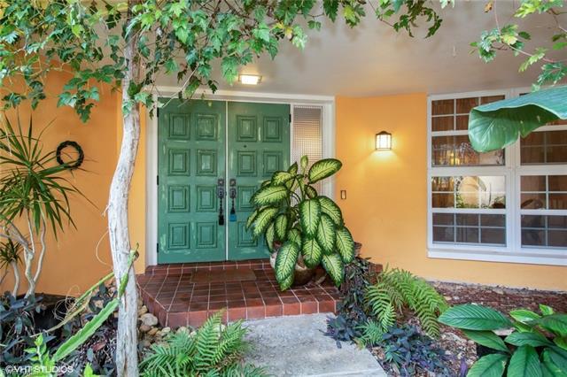 5531 Burnham Ct, North Fort Myers, FL 33903
