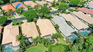 9242 Troon Lakes Dr, Naples, FL 34109