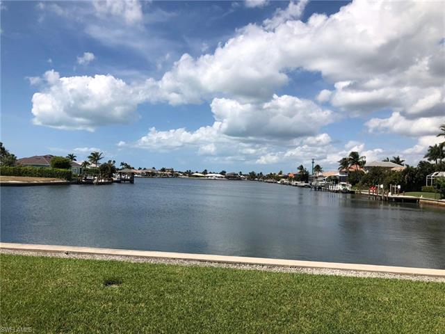 222 Waterway Ct 5-202, Marco Island, FL 34145