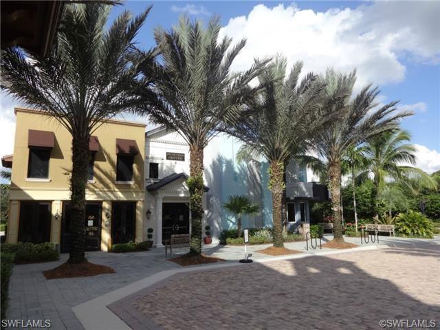 9134 Chula Vista St 125-4, Naples, FL 34113