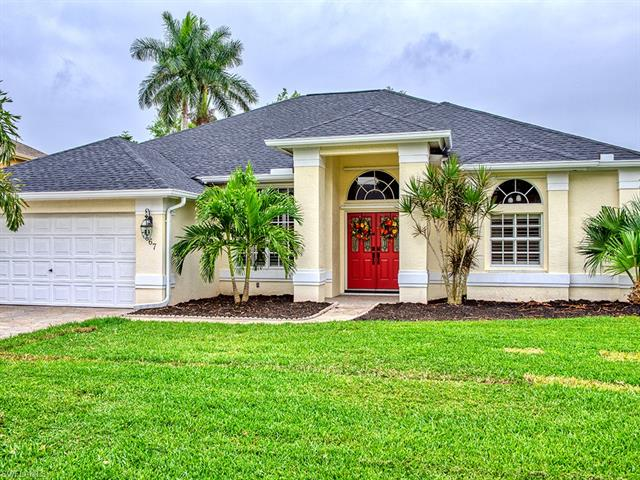 7667 Groves Rd, Naples, FL 34109