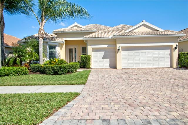 8621 Julia Ln, Naples, FL 34114