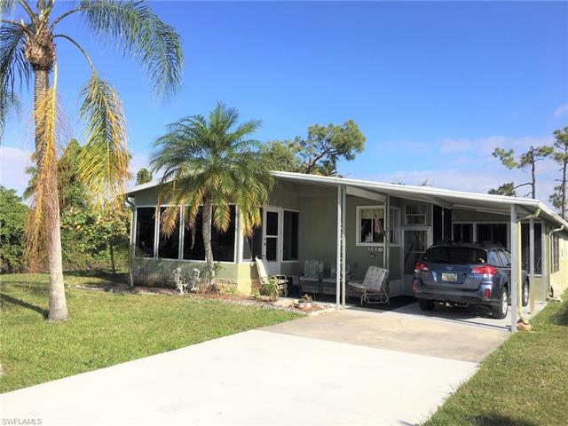 291 Pine Key Ln 201, Naples, FL 34114