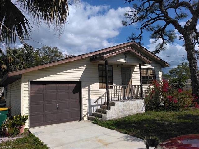 2583 Pine, Naples, FL 34112