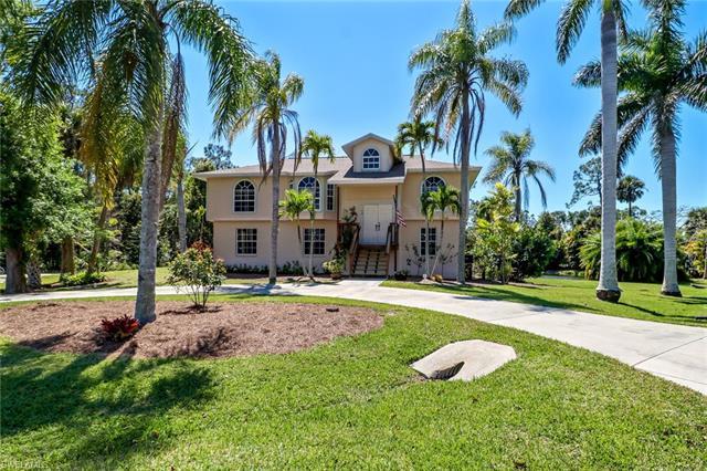 74 Colonial Dr, Naples, FL 34112