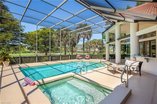 4602 Oak Leaf Dr, Naples, FL 34119