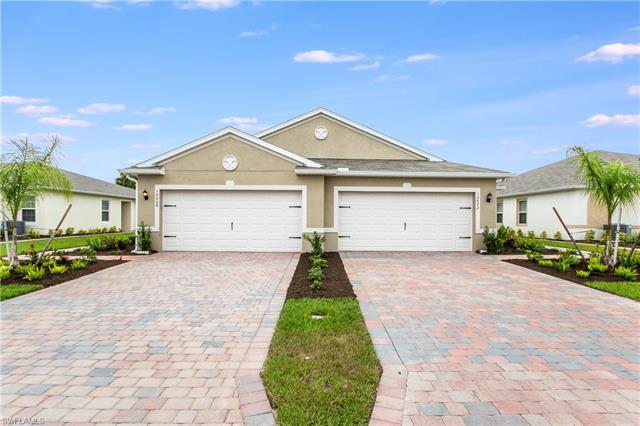 10668 Crossback Ln, Lehigh Acres, FL 33936