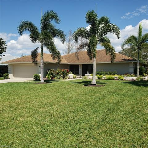 9673 Campbell Cir, Naples, FL 34109