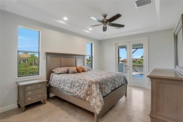 198 Leeward Ct, Marco Island, FL 34145