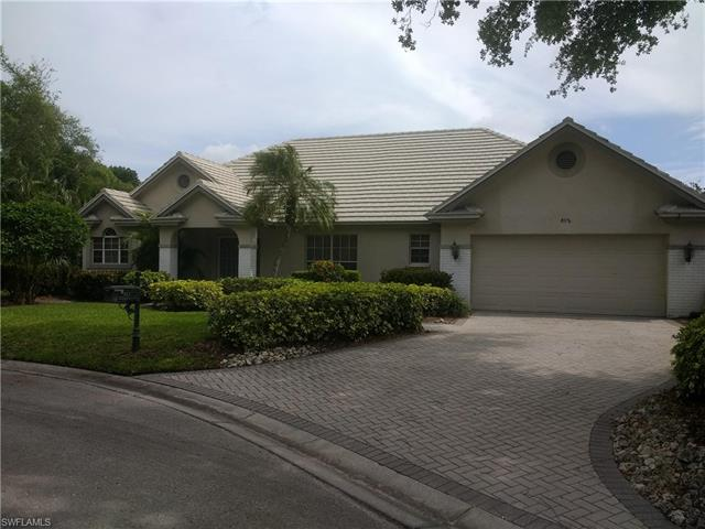 812 Turkey Oak Ln, Naples, FL 34108