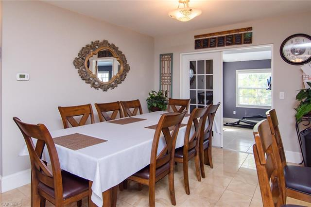 18440 Holly Rd, Fort Myers, FL 33967