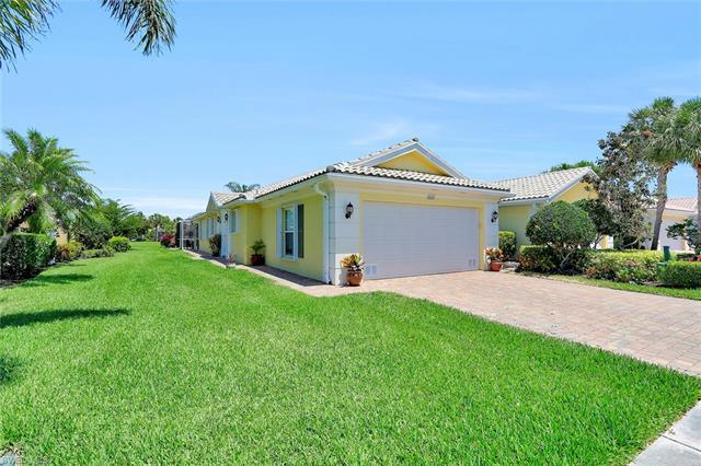 28203 Islet Trl, Bonita Springs, FL 34135