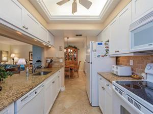 784 Willow Brook Dr 602, Naples, FL 34108