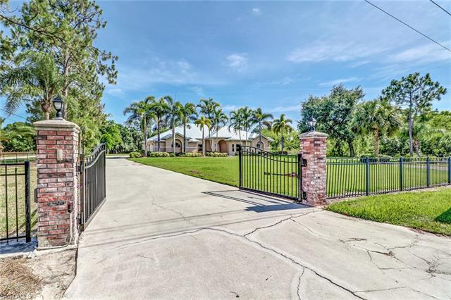 6980 Greystone Ln, Fort Myers, FL 33912