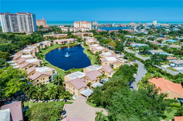565 Beachwalk Cir T-203, Naples, FL 34108