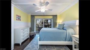3951 Gulf Shore Blvd N 100, Naples, FL 34103