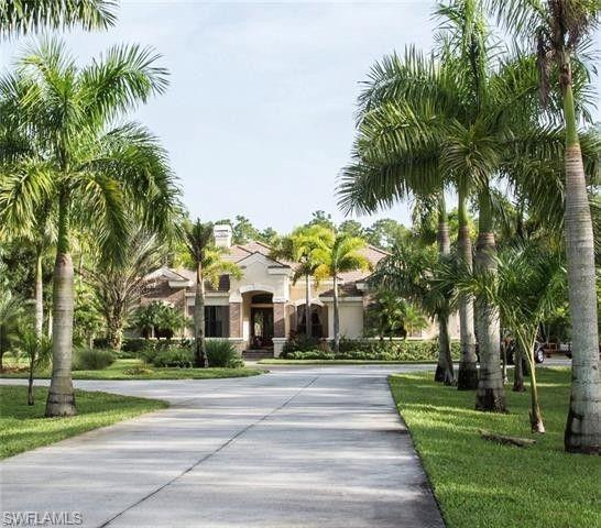 4231 Pine Ridge Rd, Naples, FL 34119