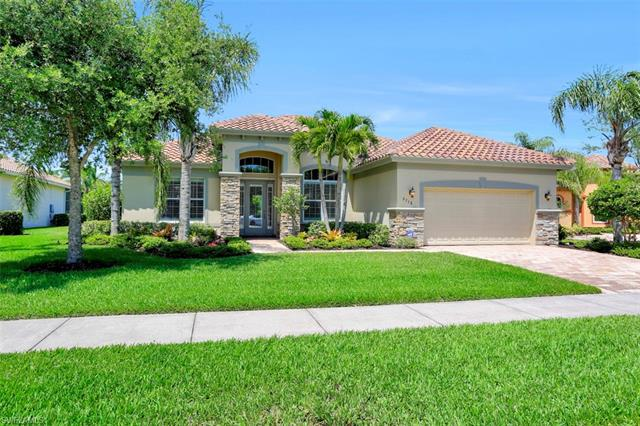 9758 Nickel Ridge Cir, Naples, FL 34120