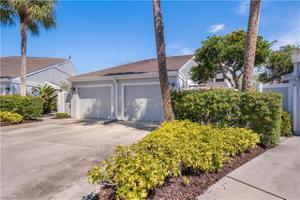 209 Woodshire Ln 22, Naples, FL 34105