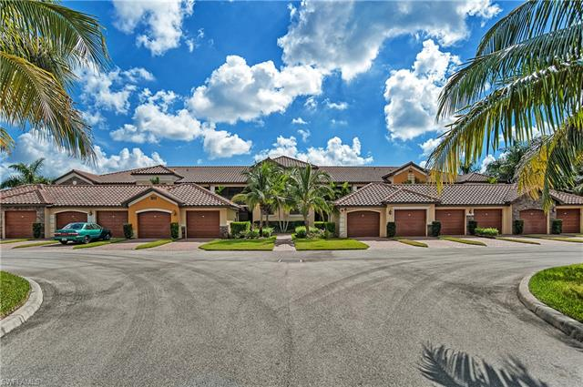 9844 Venezia Cir 725, Naples, FL 34113
