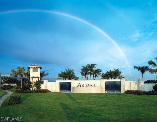 8749 Saint Lucia Dr, Naples, FL 34114