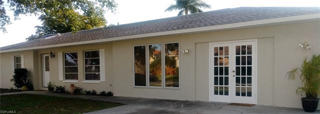 593 104th Ave N, Naples, FL 34108