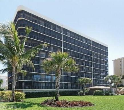 9653 Gulf Shore Dr 402, Naples, FL 34108