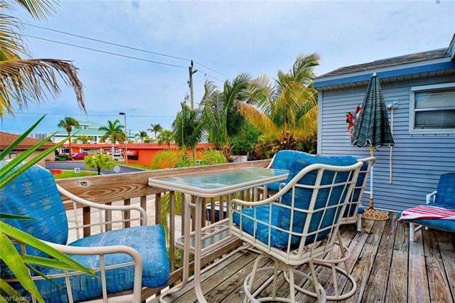 108 Lovers Ln, Fort Myers Beach, FL 33931
