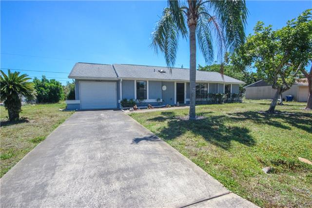 9327 Mooring Cir, Fort Myers, FL 33967