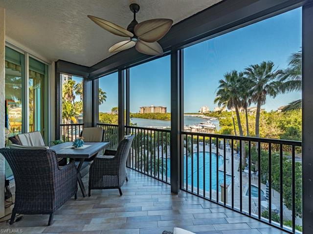 430 Cove Tower Dr 302, Naples, FL 34110