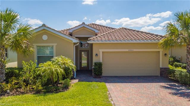2453 Heydon Cir E, Naples, FL 34120