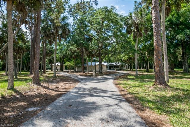 5600 Briarcliff Rd, Fort Myers, FL 33912