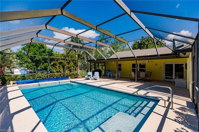 6290 Lancewood Way, Naples, FL 34116