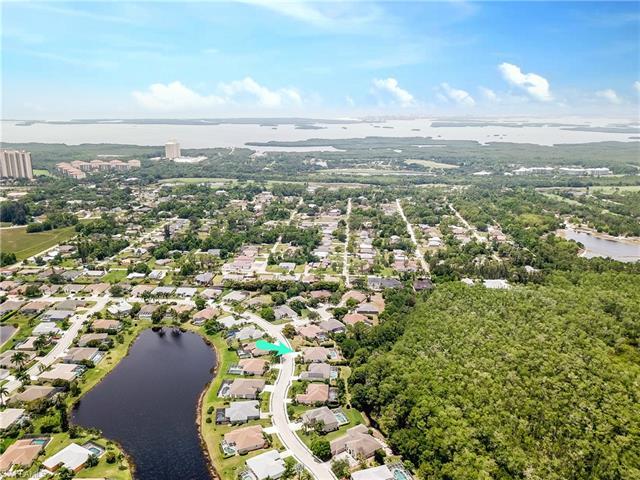 23401 Olde Meadowbrook Cir, Estero, FL 34134