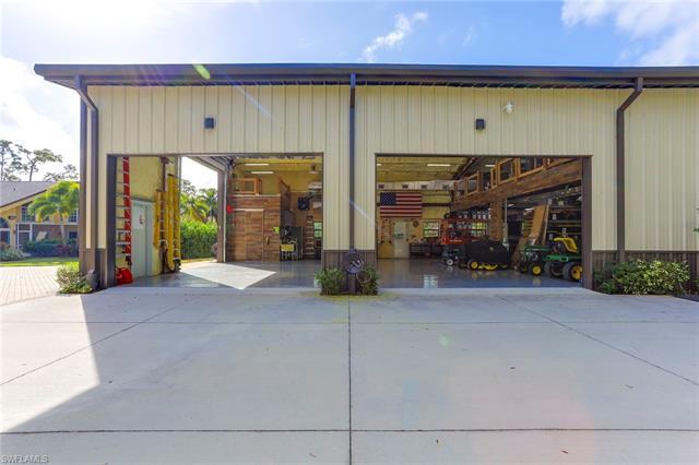 663 Hickory Rd, Naples, FL 34108