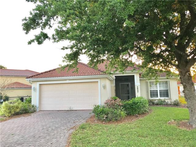 2827 Orange Grove Trl, Naples, FL 34120