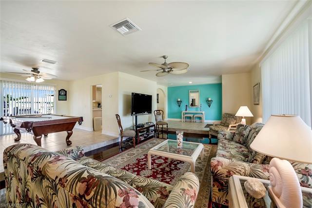 1031 Mendel Ave, Marco Island, FL 34145