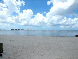 1734 40th St, Cape Coral, FL 33914