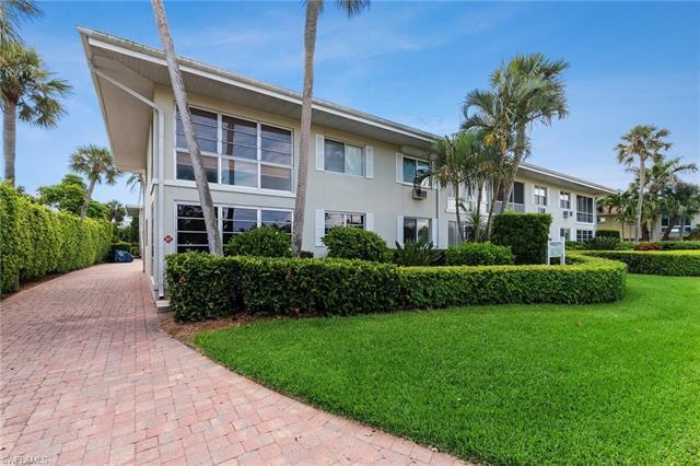 1550 Gulf Shore Blvd N E8, Naples, FL 34102