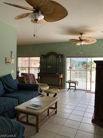 10715 Maui Cir, Estero, FL 33928