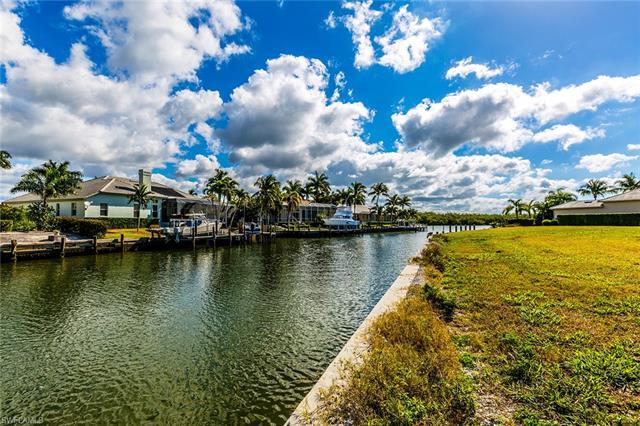 131 Hollyhock Ct, Marco Island, FL 34145