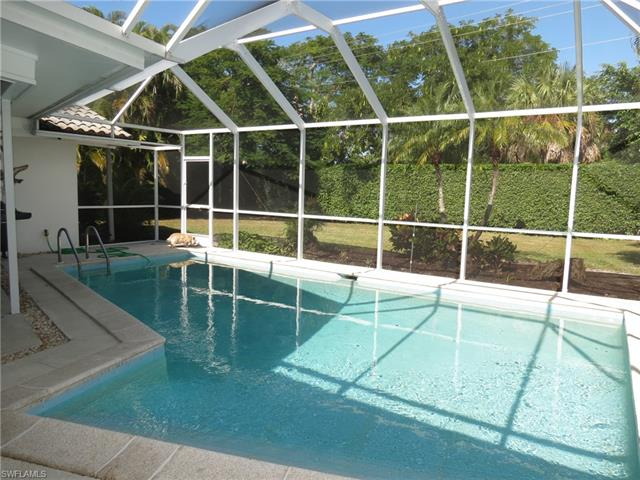 735 High Pines Dr, Naples, FL 34103