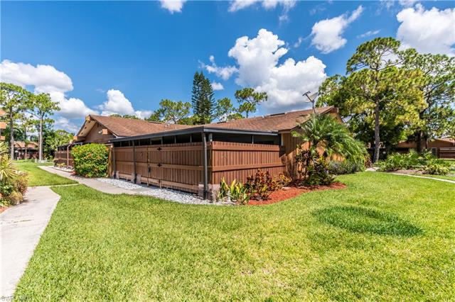 5614 Foxlake Dr, North Fort Myers, FL 33917