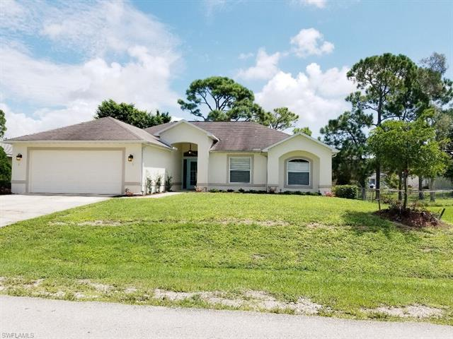 18477 Sunflower Rd, Fort Myers, FL 33967