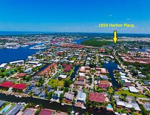 1850 Harbor Pl, Naples, FL 34104
